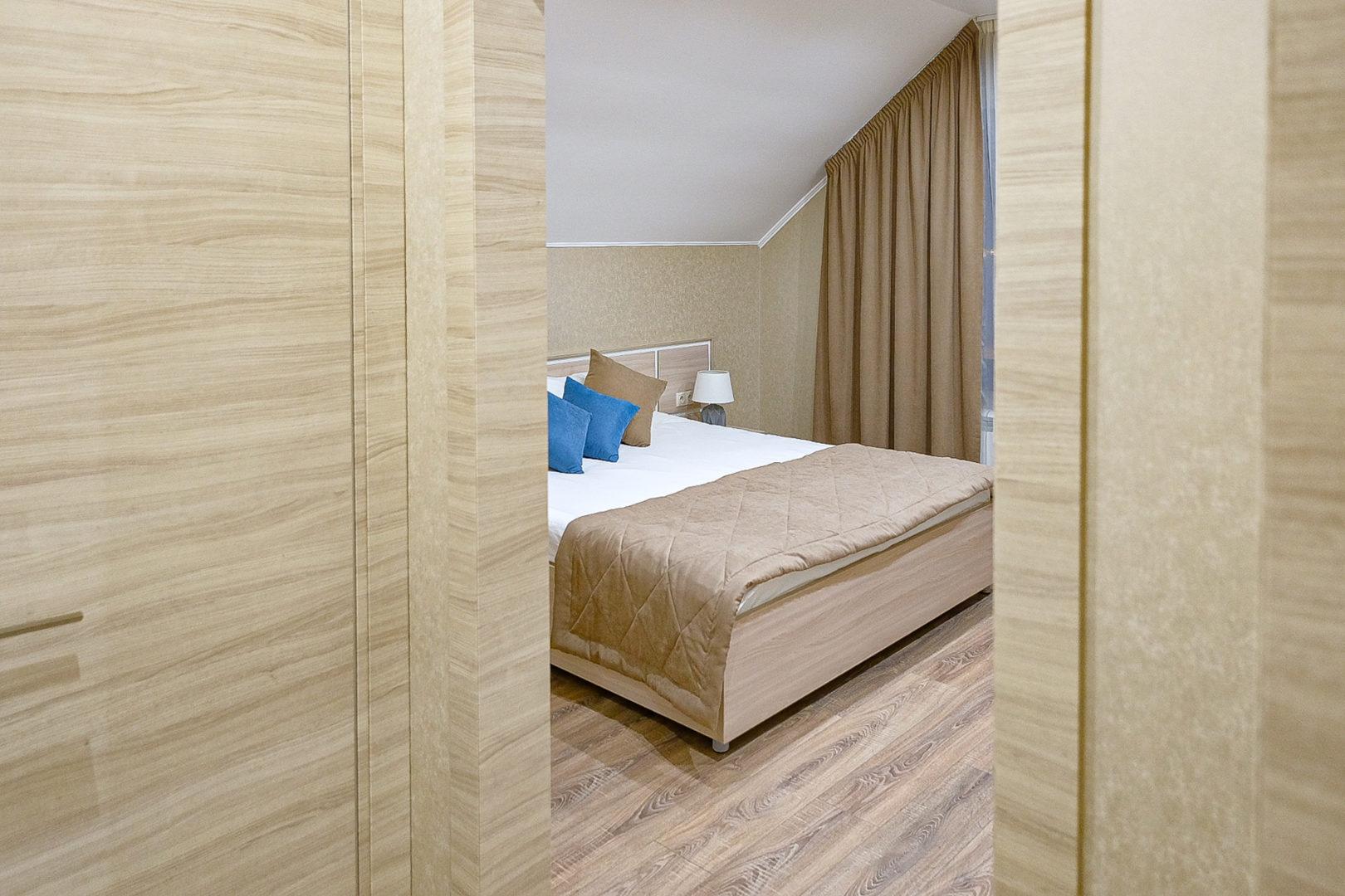 Большой двухместный номер с 1 кроватью